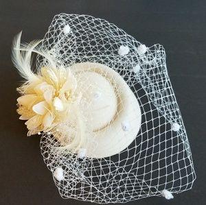 Ivory Fascinator, Bridal Fascinator, Wedding Hats